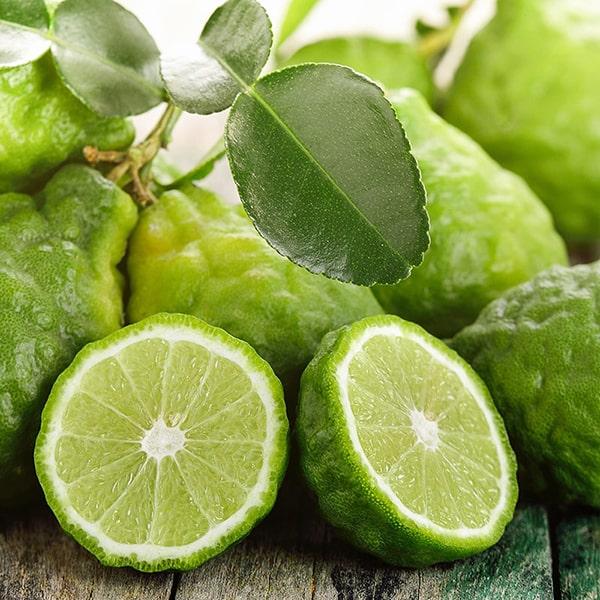 香りの成分にはイタリア産ベルガモットの果皮から抽出したエッセンシャルオイルを使用しています。